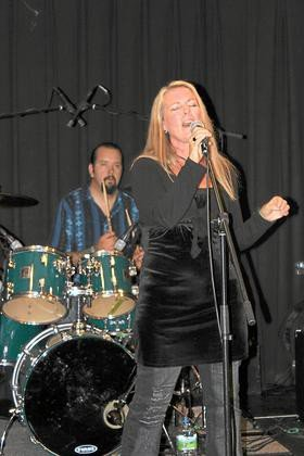 Denise Allen Band in der Kulturschmiede